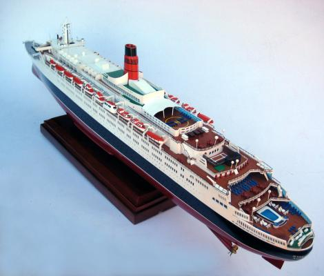 Queen Elizabeth Model Queen Elizabeth Mini Ship Model Kit - Model cruise ship kits