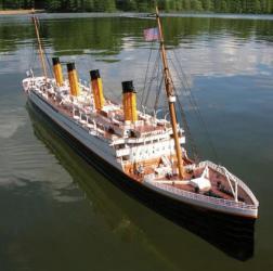 Remote Control Titanic